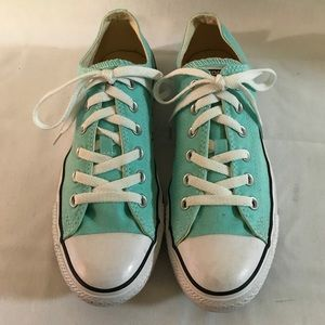 Converse turquoise size 9